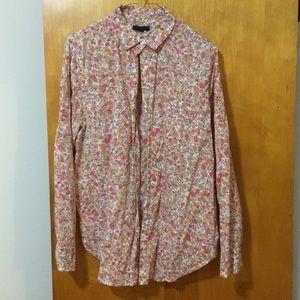 Gap floral collared button down shirt